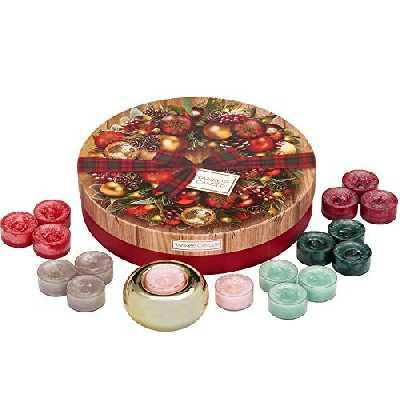 Coffret cadeau YankeeCandle comportant 18 bougies chauffe-plat parfumées et 1 photophore doré en céramique, emballage festif avec couronne