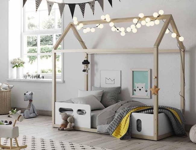 chambre montessori enfant